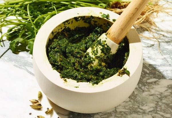 Zhung zielony sos zpietruszki ikolendry